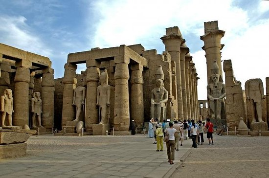 Cairo Luxor Full-Day Trip by Private Plane with Lunch
