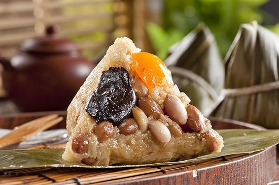 Private Culinary Lesson Tour In Taiwan: Rice Dumplings (4-7 people)