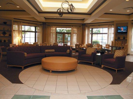 La Quinta Inn & Suites Raleigh Crabtree: Lobby
