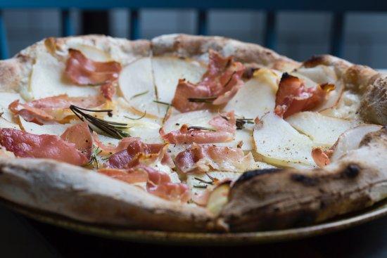 Pizza date in Brisbane