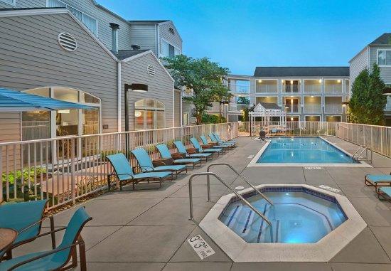 restaurant picture of residence inn boston tewksbury. Black Bedroom Furniture Sets. Home Design Ideas