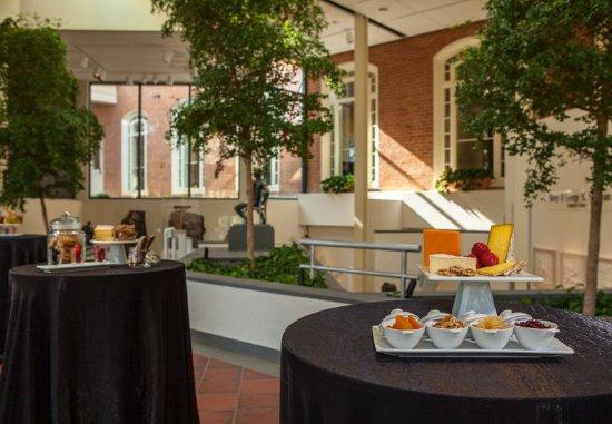 spa college park marriott hotel conference center. Black Bedroom Furniture Sets. Home Design Ideas