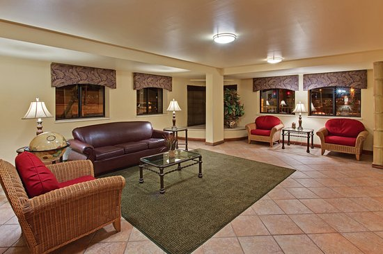 foto de la quinta inn tampa near busch gardens tampa. Black Bedroom Furniture Sets. Home Design Ideas