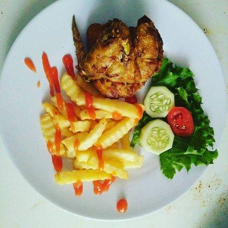 Pekutatan, Indonesia: Chicken and Chips