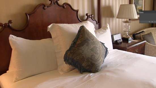 Fairmont Grand Del Mar : The bed