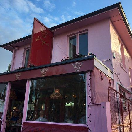 Pipi Cafe: photo1.jpg