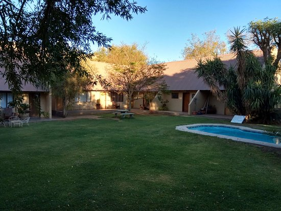 Noordoewer, ناميبيا: Garden & pool