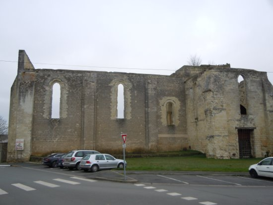 ‪Eglise Saint Denis‬