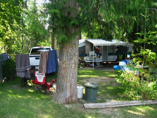Sorrento, Canada: Campsite for tents and small trailers
