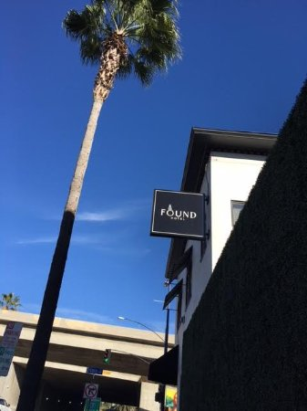 Found Hotel San Diego: At corner of Grapes street and State street