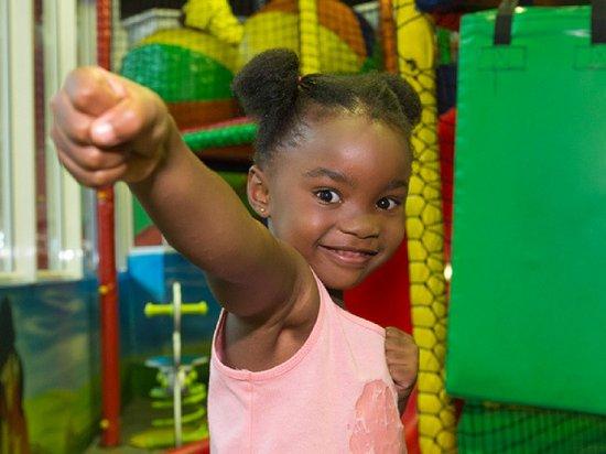 La Mercy, South Africa: spur kids