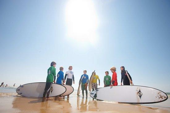"""Dorfhotel Sylt: Surfschule """"meerspaß"""" während der Sommermonate"""