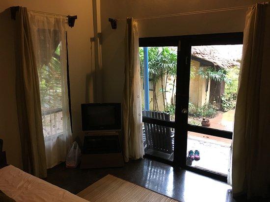 LaLaanta Hideaway Resort: Lots of room.