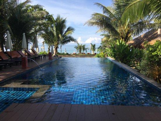 LaLaanta Hideaway Resort: Beautiful pool.