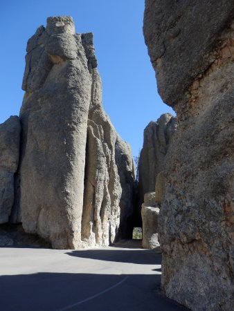 Custer State Park: Een van de smalle doorgangen in the Needles