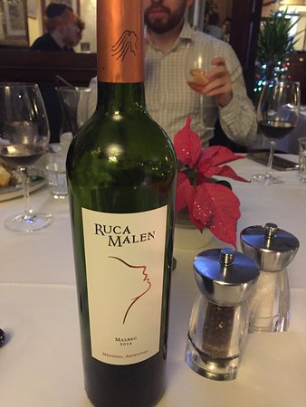 Staddlebridge, UK: Great wine selection especially good Malbec