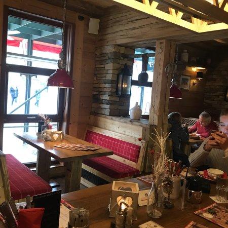 edelweiss alpenrestaurant dresden restaurant bewertungen telefonnummer fotos tripadvisor. Black Bedroom Furniture Sets. Home Design Ideas