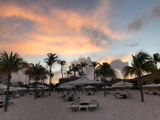 Bucuti & Tara Beach Resort Aruba : Sunrise from the ocean looking east
