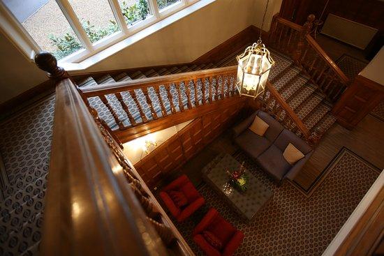 Betchworth, UK: Lobby/Staircase