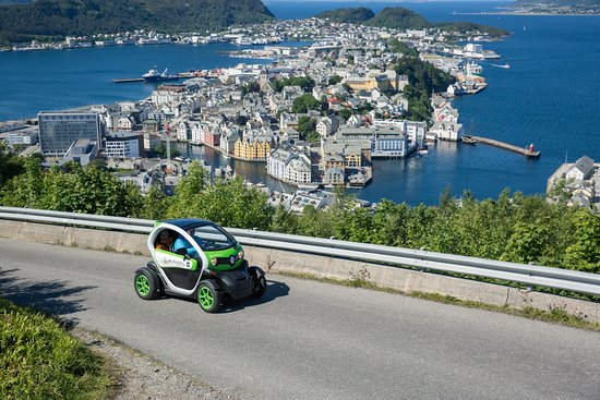 Alesund, Norwegia: On the way to the top...
