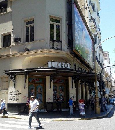 Teatro Liceo: localização central