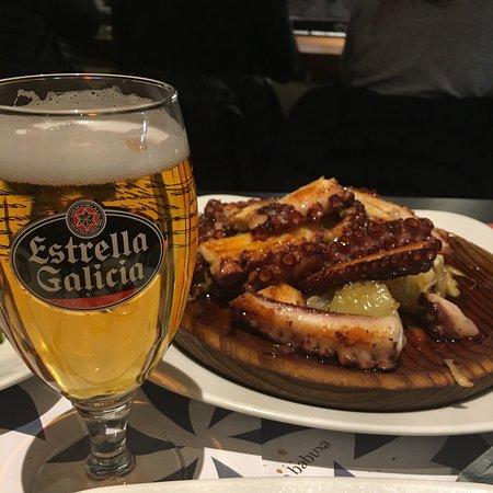 Restaurante la casa gallega en palma de mallorca con - Cocinas palma de mallorca ...
