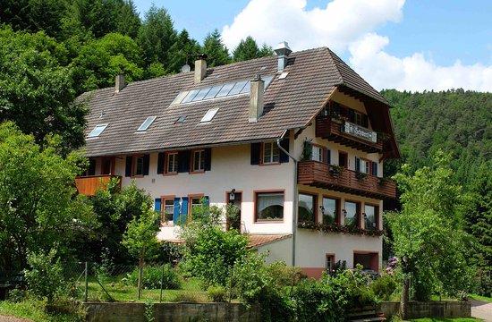 Seelbach, Deutschland: Gasthaus Schwert von der Seite