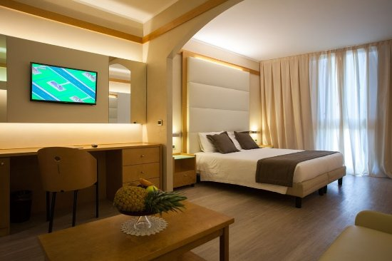 Ai Pini Park Hotel: Family room