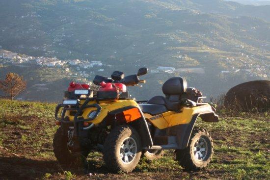 Quad Douro Explorer