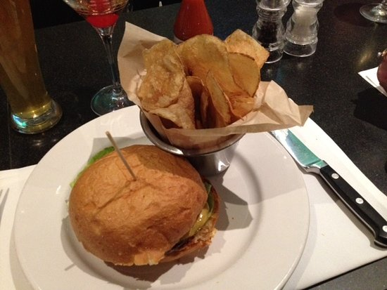 Little Red Wasp: Burger with house made chips