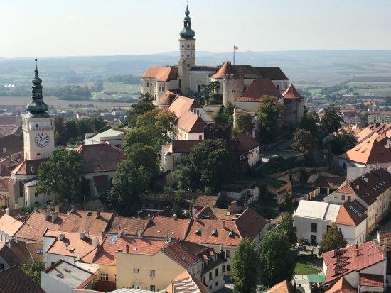 Kozi Hradek - Mikulov: View of the church