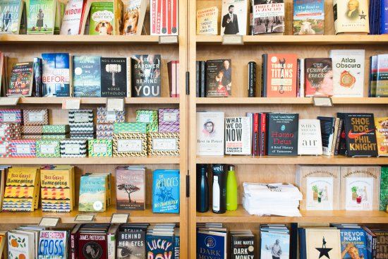 Edwards, CO: Let us help you find your next favorite read!