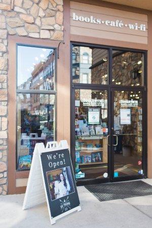 Edwards, CO: We're open 8am-7pm Mon-Fri and 9am-5pm Sat-Sun