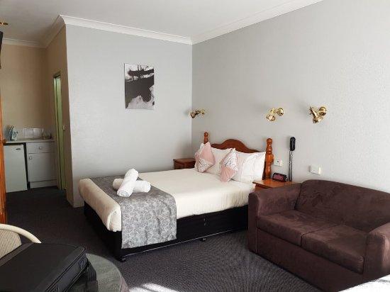 New England Motor Inn : Room 10