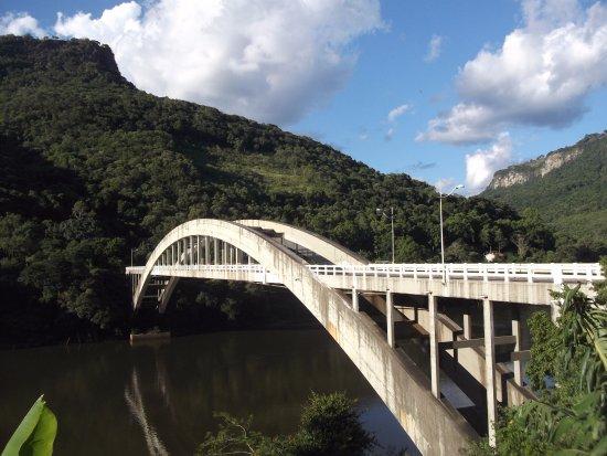Ponte Ernesto Dornelles