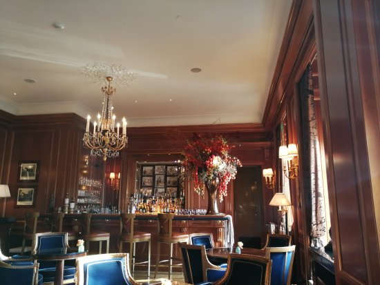 Four Seasons Hotel des Bergues Geneva: Bar