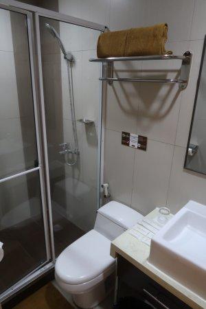 Casa Bocobo Hotel: bathroom