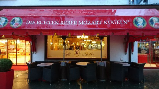 Cafe Reber: Altes Café von der Straßenansicht