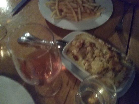 Waverley, Australia: Rose, cauliflower and trffle gratin, frites.