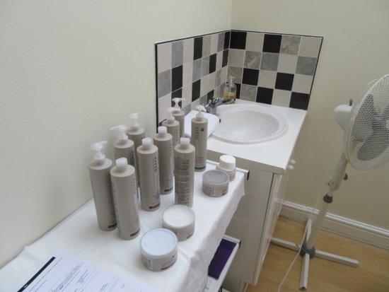 The Spa at Brook Mollington Banastre Hotel: Treatment Room