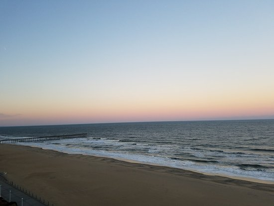 Hampton Inn Virginia Beach-Oceanfront South: another view from the deck, 10th floor