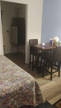 Callao, Wirginia: New room open