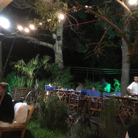 Late Resto Punta del Este: photo0.jpg