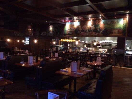Leawood, KS: Interior shot of restaurant