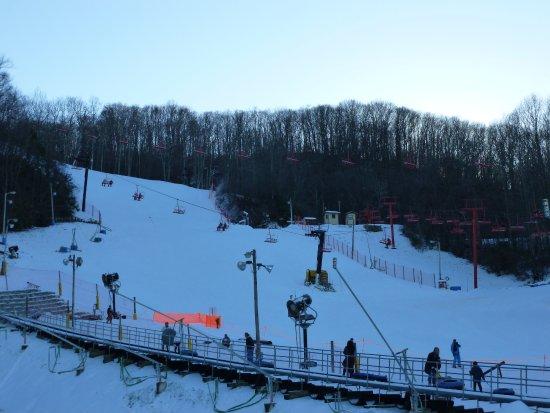 Ski resort picture of ober gatlinburg amusement park for Cabins near ober ski resort gatlinburg tn