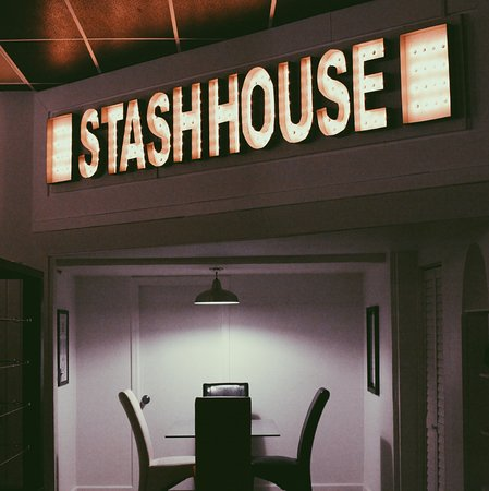 ‪Stash House‬