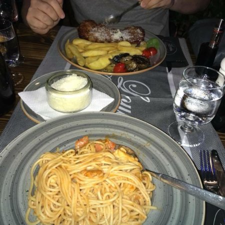 Louis Restaurant Pizzeria Φωτογραφία