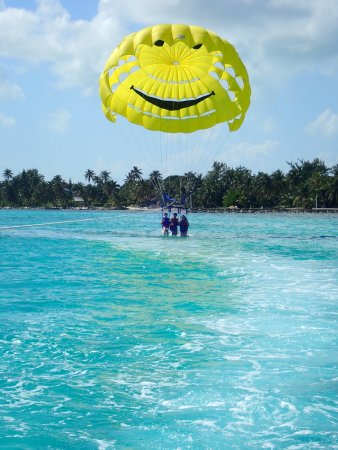 Las Terrazas Resort: Incredible ocean colors