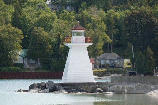 Lion's Head Lighthouse: Lighthouse
