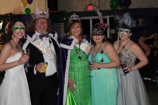 Sulphur, Luizjana: Mardi Gras - King and Queen Krewe of Komova 2015